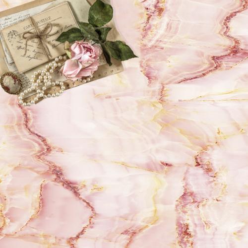 Rózsaszín márvány