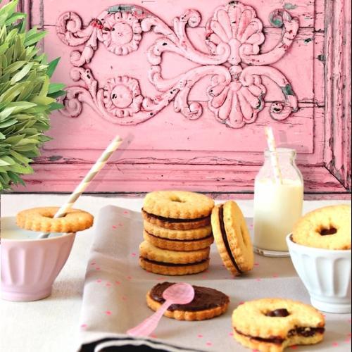 Rózsaszín festett-faragott famintás fotóháttér